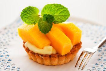 Minitarte cu mango