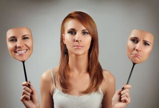 Transpiratia excesiva, o problema dermatologica, endocrinologica sau psihologica?