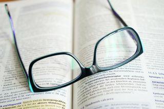 Ochelari, lentile de contact sau operatie cu laser – Ce sa alegem?