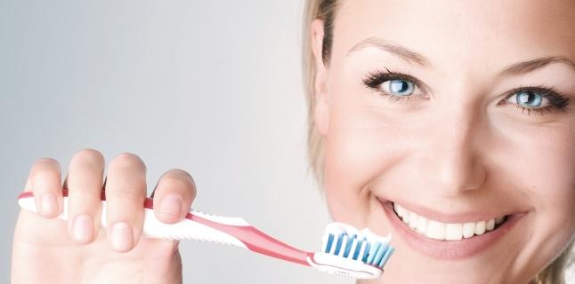 Principalele tehnici ale periajului dentar