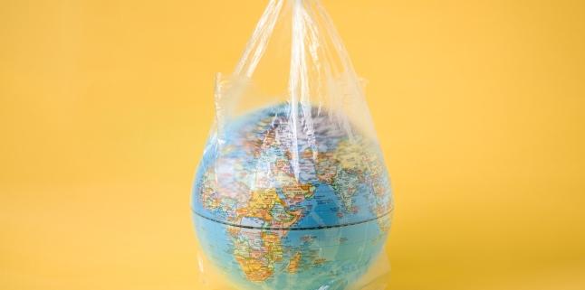 Cat de periculos este plasticul pentru sanatatea noastra?