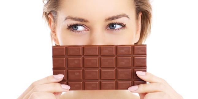 De ce apare pofta de dulciuri dupa masa?