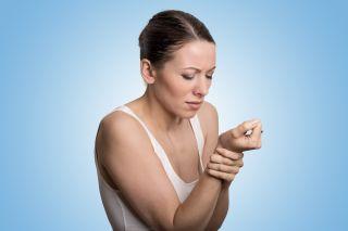 Poliartrita reumatoida – simptome timpurii care trebuie sa iti dea de gandit
