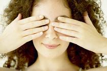 Cum sa scapati de pungile de sub ochi