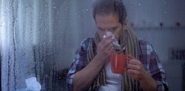 De ce ne imbolnavim mai usor odata cu venirea frigului?