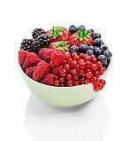 6 moduri delicioase de a va bucura de fructele de padure proaspete