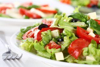 Salata usoara cu legume