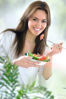 Cum sa consumati in siguranta alimentele pe timp de vara