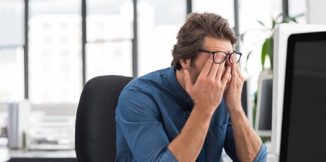 Cauzele si manifestarile sindromului de ochi uscat