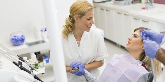 Gingivita, cauza principala a caderii dintilor
