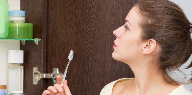 Calmarea durerii de dinti cu remedii la indemana