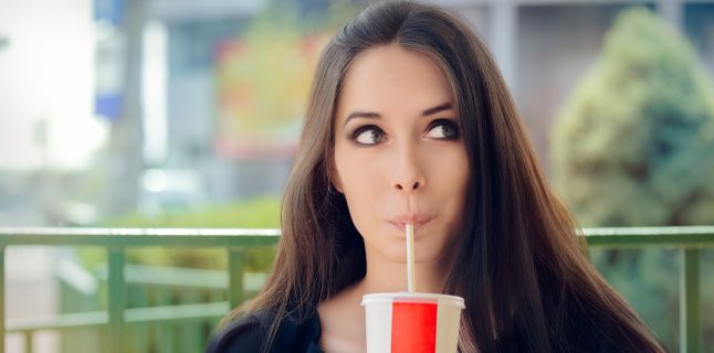 Cum iti influenteaza sanatatea consumul de bauturi carbogazoase