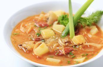 Supa de cartofi si varza