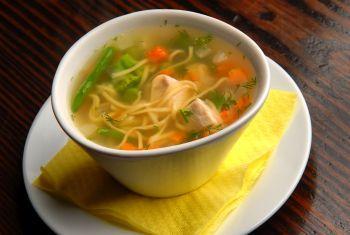 Supa de pui cu sparanghel