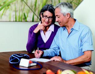 Cum sa iti monitorizezi tensiunea arteriala acasa la tine