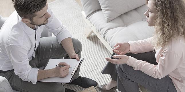Cum functioneaza terapia cognitiv-comportamentala?