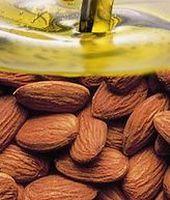 Beneficiile oferite pielii de uleiul de migdale