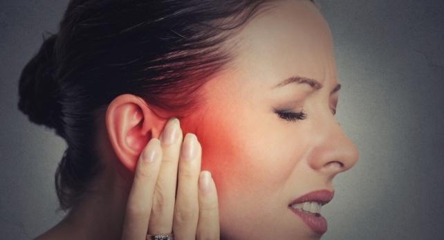 15 remedii simple pentru durerile de urechi